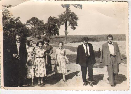 Kolekcja starych fotografii idokumentów