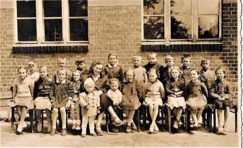 Kolekcja starych fotografii i dokumentów