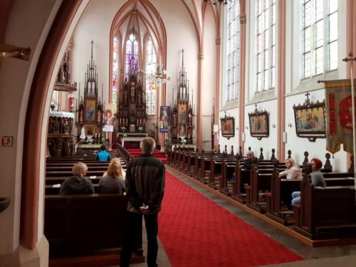 Wizyta wkościele pw.św.Jana Chrzciciela była okazją, żebyopowiedzieć ohistorii wsi ioSmogorzowskiej Legendzie.
