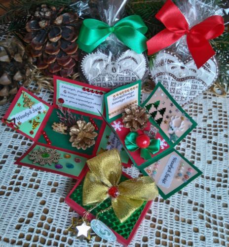 Na Boże Narodzenie panie ze Stowarzyszenia zrobiły dla najstarszych Smogorzowian kartki w formie pudełek-niespodzianek i zdobione pierniki.